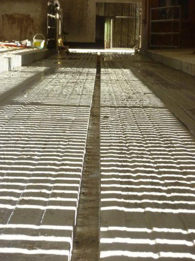 Découpe béton pour racleur automatique - AgriRainurage - P1020374